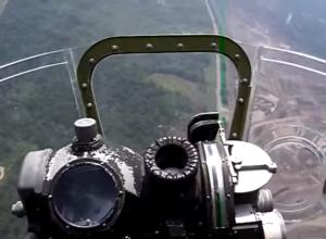 Inside the B17 Bomber-Gunner Seat