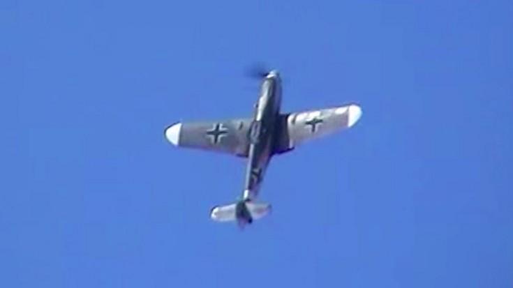 Messerschmitt Bf 109 G4: Awesome Sound & Maneuvers!!! | World War Wings Videos