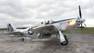P-51 Mustang – Flames on Start Up Rolls-Royce Merlin – Flyover