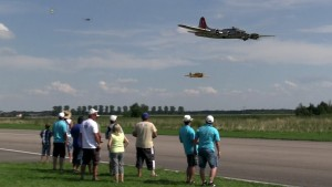 19 ft. B-17 Flying Fortress Flying Together With 6 Other Warbirds