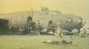 Amazing WWII Footage of A B-17 Belly Landing: This Pilot's A Pro