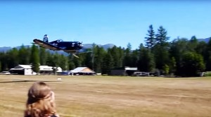 This Corsair Low Fly-Pass Will Give You The Chills: Insane Speed!