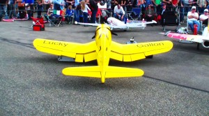 This Yellow RC Corsair Screams While Diving-AWESOME!