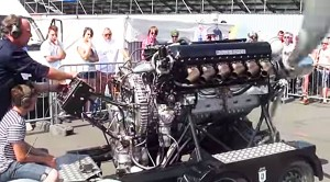 Well This Is Neat: Rolls-Royce Merlin Cranking At Carshow!