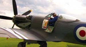 Spitfire Mark XVII Runs Its BEASTLY Griffon