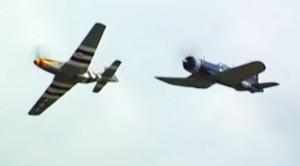 Mustang And Corsair Do Some Spectacular Wingtip To Wingtip Aerobatics