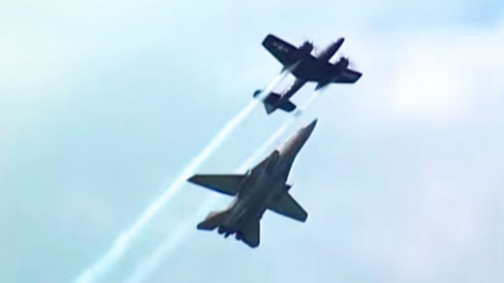 F-14 Tomcat And F7F Tigercat Perform Historic Loop–Just Incredible   World War Wings Videos