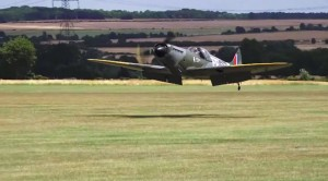 Pilot Performs The PERFECT Wheels Up Landing-Seriously