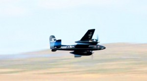 F7F Tigercat Pilot Pushes His Warbird In This Roaring Clip