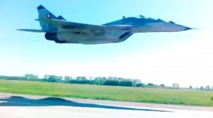 Top 10 Jet Low Passes That Will Seriously Give You The Chills