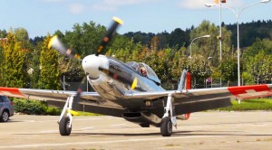 P-51 Flies With F/A-18 Then Weaves Between Trees In This Heart Pumping Clip
