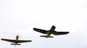 P-51 Mustang vs F4U Corsair – Breitling Spot