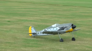 RC Focke Wulf FW190 Tip Stalling Ends In Unfortunate Crash