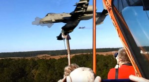 People Get An Earful When A-10s Blast Their Guns Next To Them