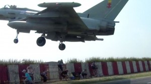 Pilot Petrified Onlookers But It'll NEVER Happen Again