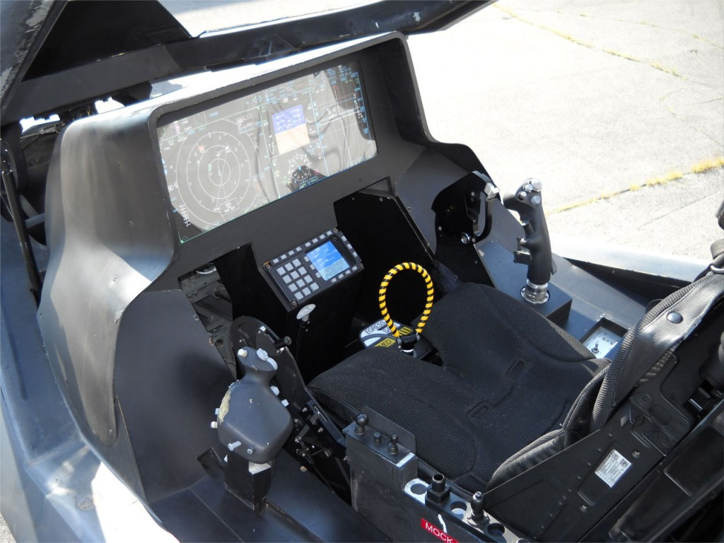 f35-cockpit