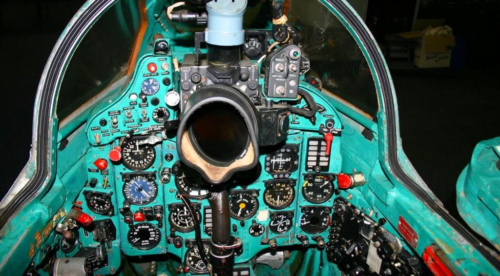 mig21-cockpit