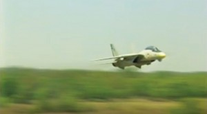 Awesome F-14 Pilots Get Low And Fire Their Guns–Exhilarating