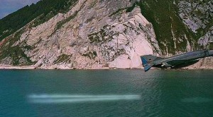 F-4s So Low They Part Water With Their Exhaust–Heart Pounding Display
