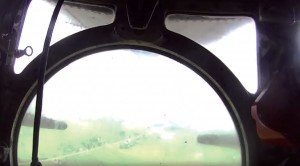 Guy Gets Ride In B-17 Ball Turret–Proves It's Claustrophobic As Hell
