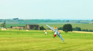 Huge Rc P-40 Warhawk Takes An Unexpected Nose Dive–Thousands Destroyed