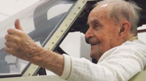He Sits In The Last WWII Bomber Of Its Kind–Tells INCREDIBLE Survival Story