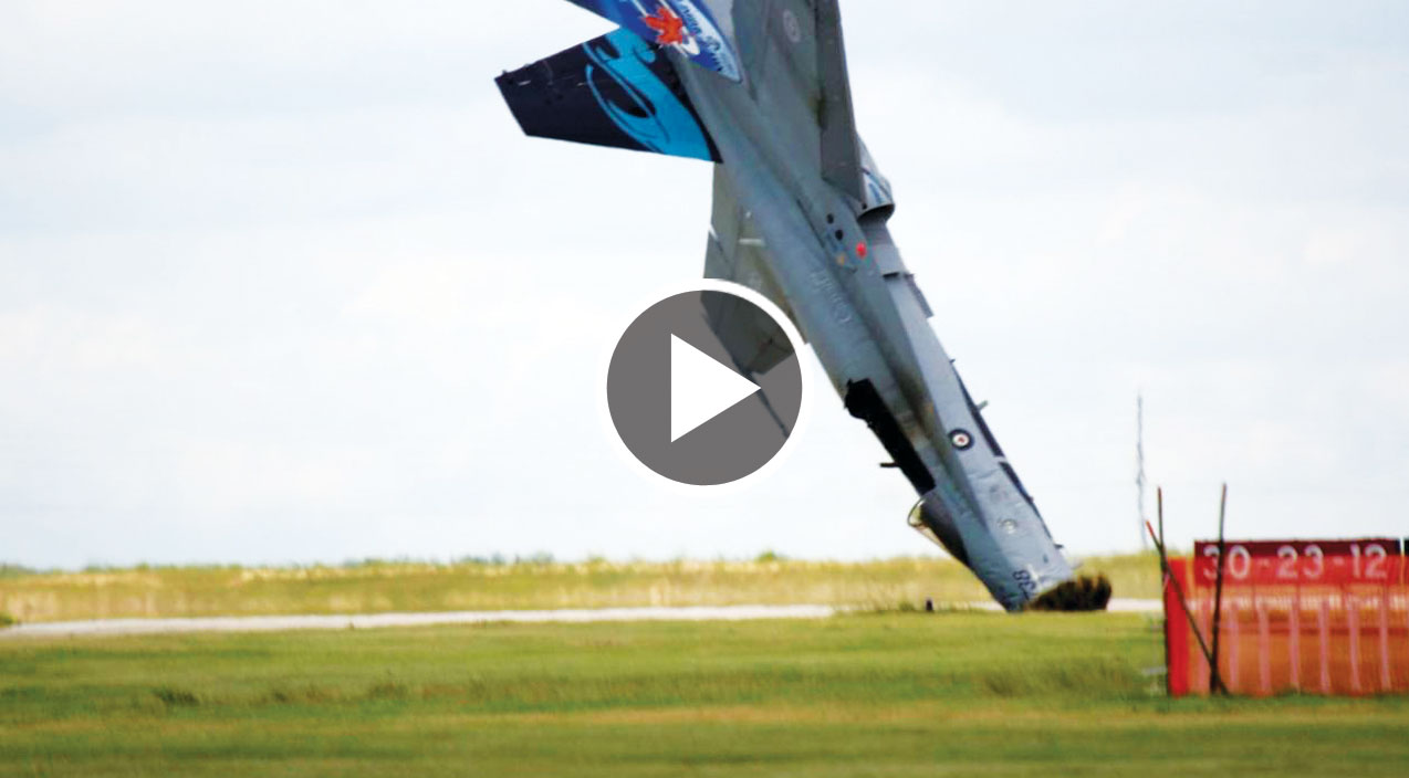 The Most Spectacular Hornet Crash EVER Caught On Camera - World War Wings