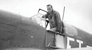 A Lone P-51 Mustang Defeats 30 German Fighters – The Greatest Fighter Pilot Story Of World War II