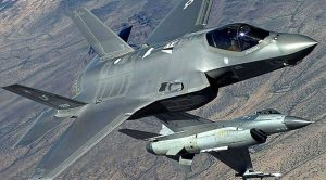 F-16 vs. F-35 Dogfight – The Reason Why A 40-Year-Old Jet Was Victorious