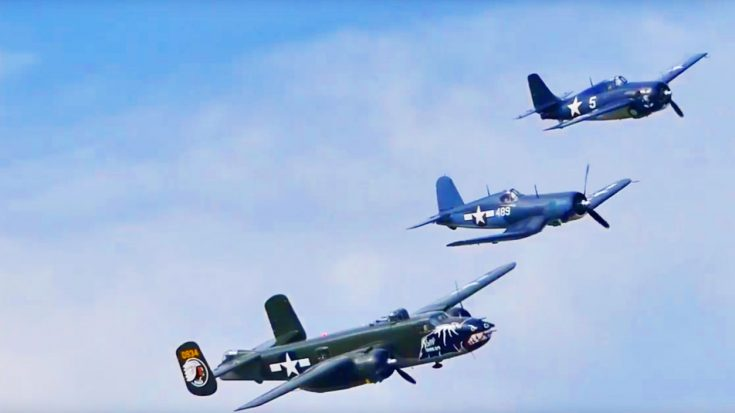 The Texas Flying Legends Soar In A Gorgeous Formation   World War Wings Videos