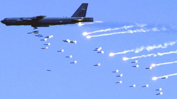 B-52s Deployed In Bombing Strikes Against ISIS Forces | World War Wings Videos