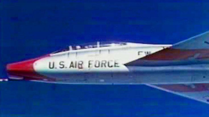 Bob Hoover's F-100 Super Sabre Crash Landing – How He Survived | World War Wings Videos