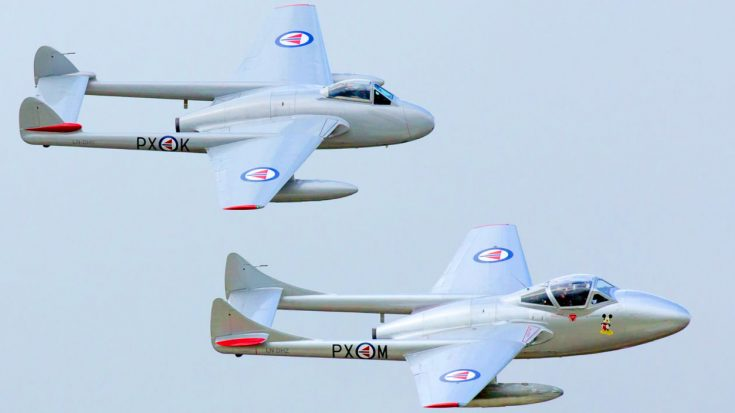 High-Speed Vampires Pull Off Loud Howling Flyby | World War Wings Videos