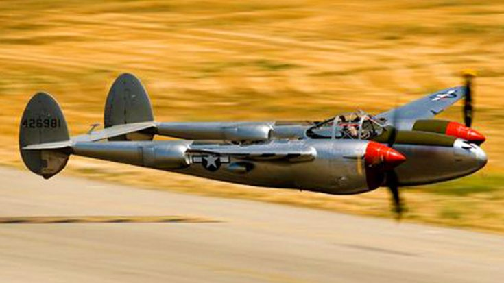 Roaring Warbirds Flying Insanely Low And Bringing The Speed | World War Wings Videos