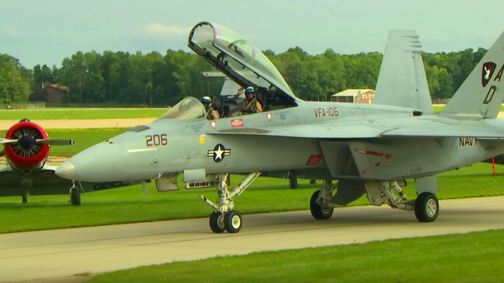 Supersonic F-18 Hornet Inspires Massive Crowds With Unforgettable Show At Oshkosh | World War Wings Videos