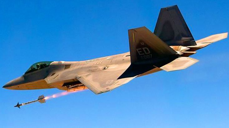 The F-22 Raptor Just Gained A Vicious New Weapon Upgrade – But It Might Not Be Able To Use It | World War Wings Videos
