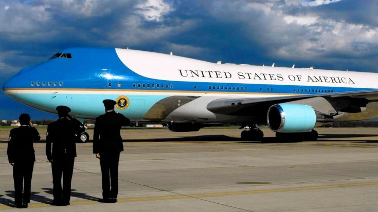 Officials Reveal That Air Force One Has A Major Problem – They Are Lucky No One Was Killed | World War Wings Videos