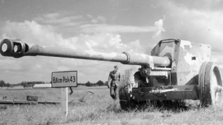Nazi Germany's Gigantic Tank-Killer Gun – Obliterates Armored Vehicles From 9 Miles Away | World War Wings Videos