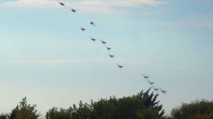 Spectator Captures A 13 Spitfire Formation At Last Weekend's Airshow-Turn Up The Volume!! | World War Wings Videos