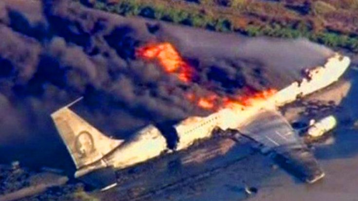 Breaking It Down – How Likely Are You To Die In A Plane Crash? | World War Wings Videos