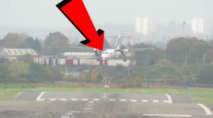 Plane Spotter Catches Gnarly Landings During Last Weekend's Storm Brian
