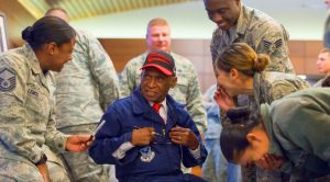 Tuskegee Airman Gives Vital Lesson To F-22 Crew – The Most Important Detail