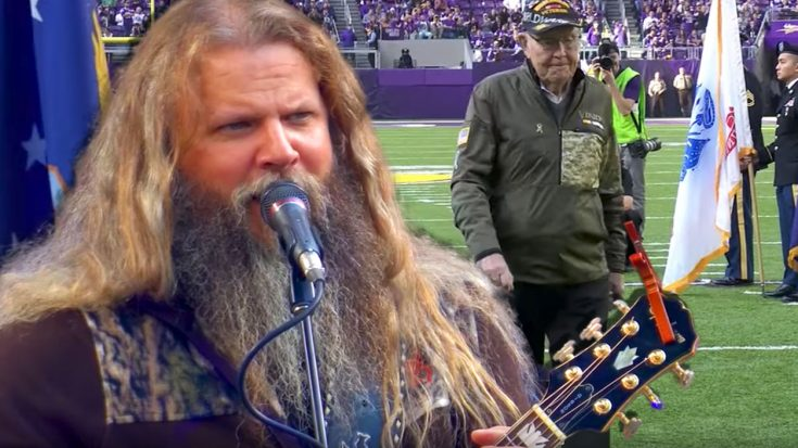 Jamey Johnson Singing 'In Color' To Honor Vets Will Send Chills Down Your Spine | World War Wings Videos