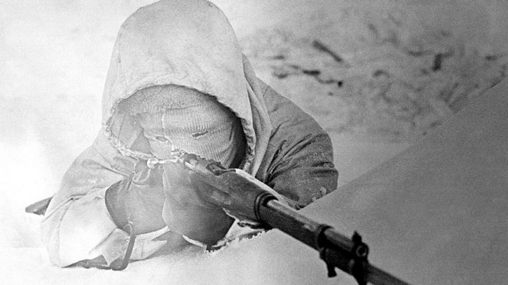 How The World's Deadliest Sniper Stayed One Step Ahead Of An Entire Army | World War Wings Videos