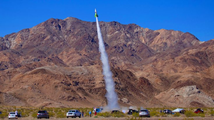 Flat Earth Fanatic Just Launched Himself In Homemade Rocket – Here's What He Said After | World War Wings Videos