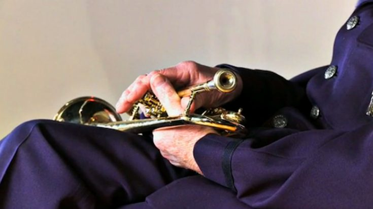 WWII Pilot Stopped A Deadly German Sniper Using Only His Trumpet | World War Wings Videos