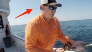 Fisherman's Priceless Reaction To Fighter Jet Buzz