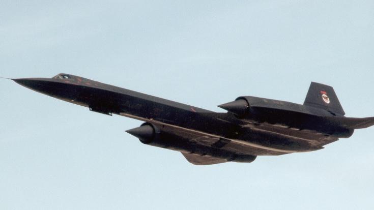 Rare Film Of Blackbird Firing Up Burners Overhead | World War Wings Videos