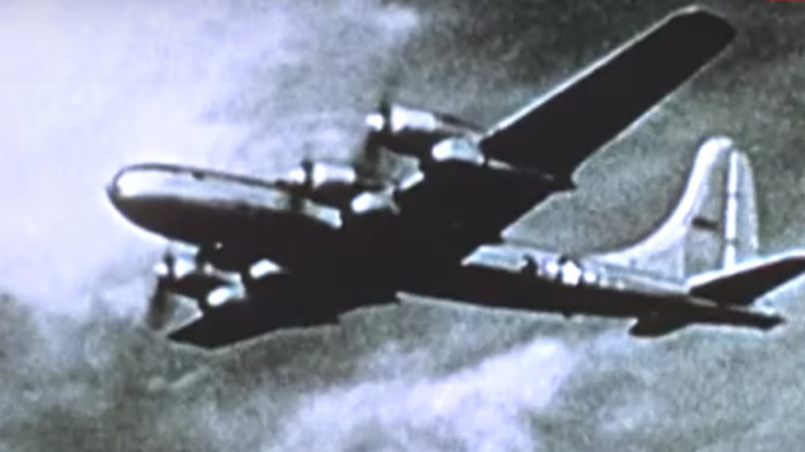 Crucial Reason Why The Atomic Bomb Missions Were Conducted Without Fighter Escorts | World War Wings Videos