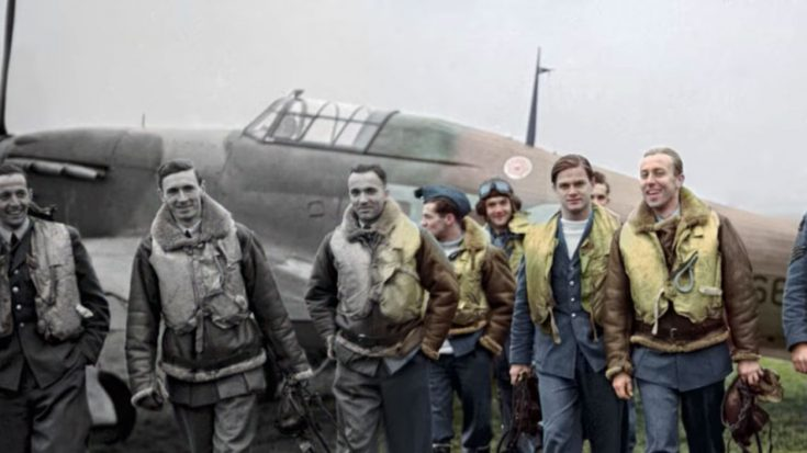 This Is How Obsessive You Have To Be To Colorize Vintage Photos | World War Wings Videos